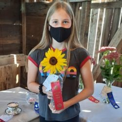 Member with her first place Sunflower